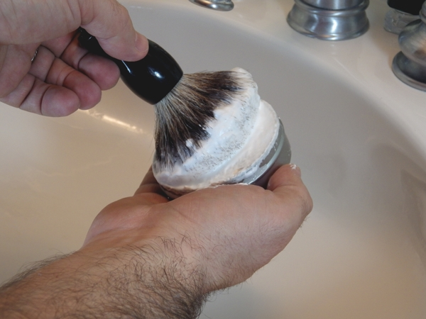 Loading the shaving brush with soap